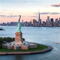 Lower Manhattan -Statue of Liberty & 9/11 Memorial